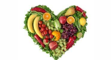 ¿Es bueno cenar fruta?