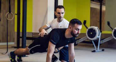 ¿Por qué es mejor hacer ejercicio con un entrenador personal?